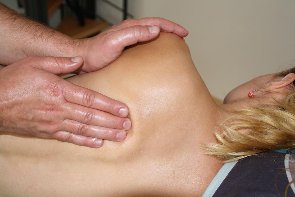 Obrazek posiada pusty atrybut alt; plik o nazwie massage-486700_960_720.jpg